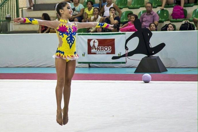 Maria Eduarda Moraes ginasta potiguar (Foto: Divulgação)