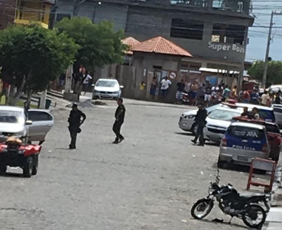 Tentativa de assalto ocorreu no Supermercado Ferreirense, na Mata Norte de Pernambuco (Foto: Reprodução/WhatsApp)