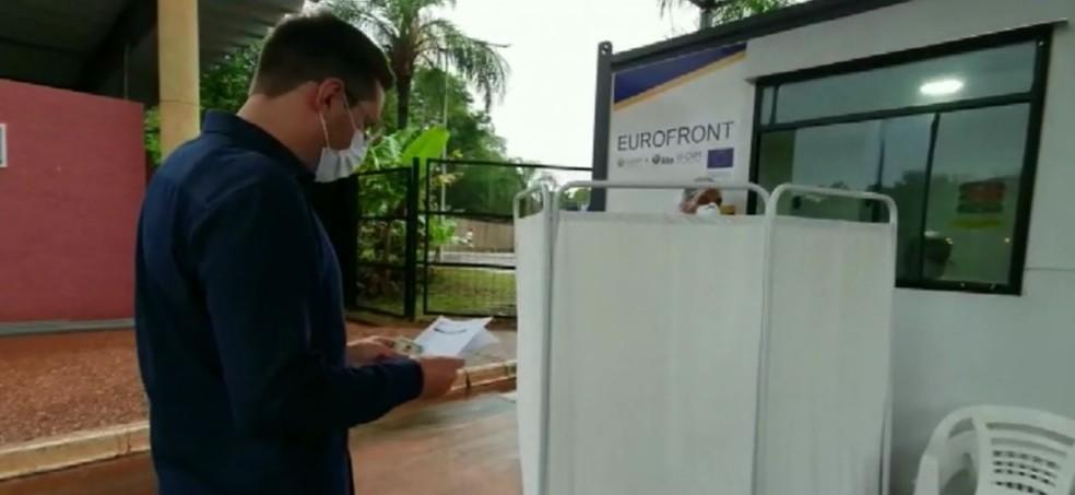 Teste obrigatório, que custava R$ 150, passa a ser gratuito, em Porto Iguaçu — Foto: Giovani Zanardi/RPC