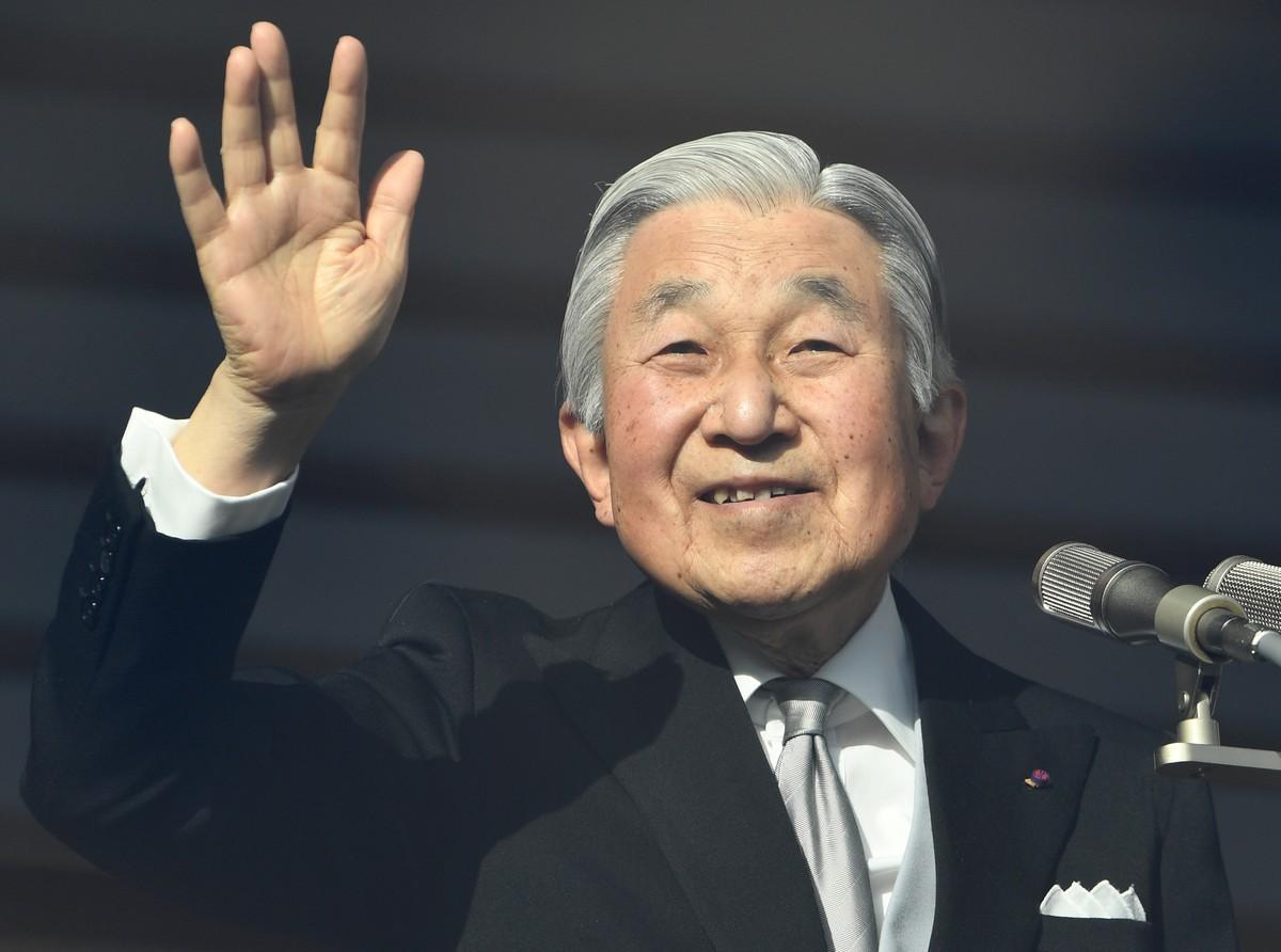 Imperador japonês abdicará em 30 de abril de 2019