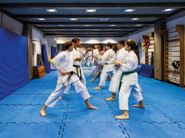 Professores de jiu-jitsu fazem vaquinha para pagar despesas após fechamento de academias em MT