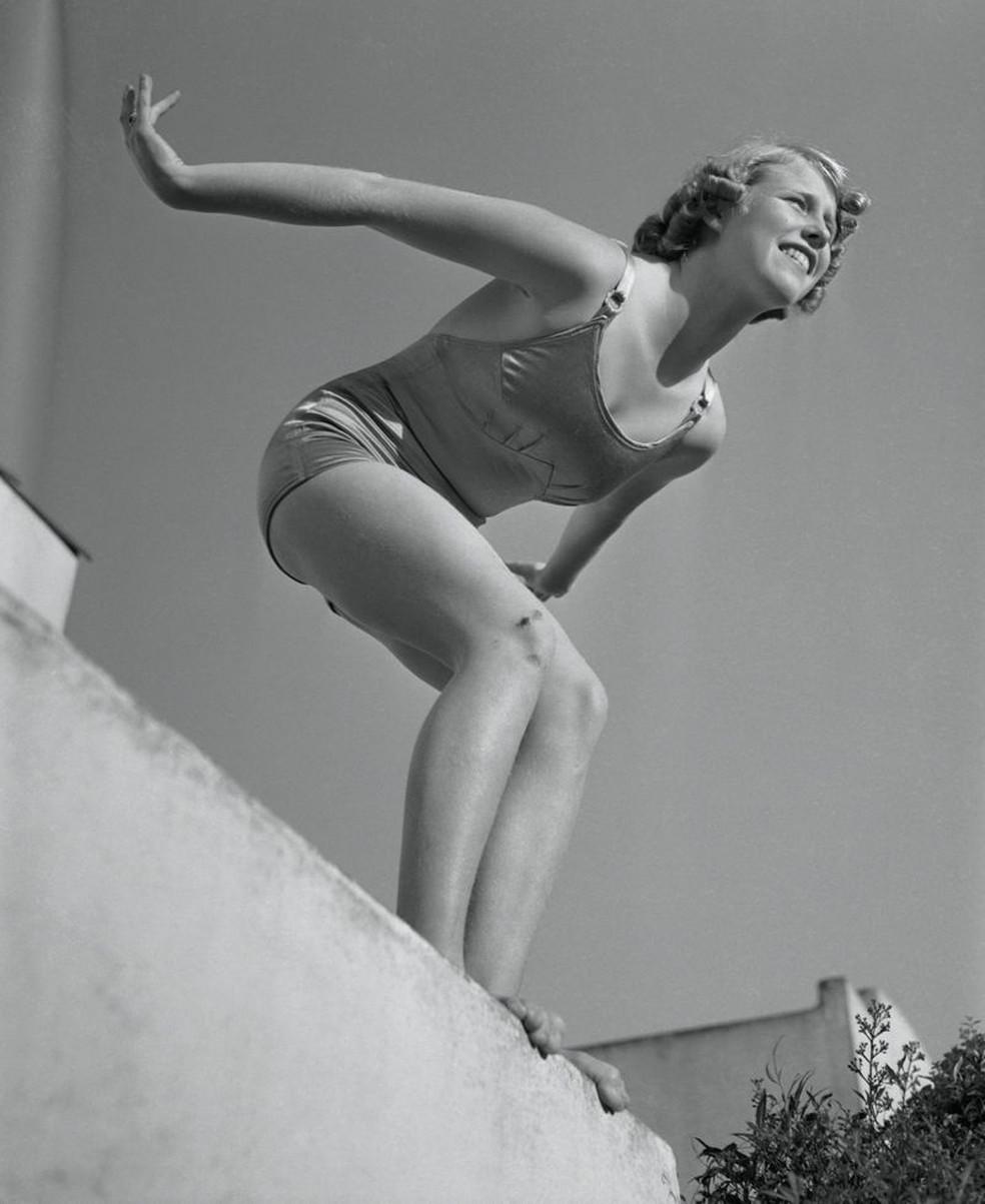 A saltadora Marjorie Gestring é até hoje a medalhista de ouro mais jovem da história, após sua vitória aos 13 anos em Berlim 1936 — Foto: Getty Images via BBC