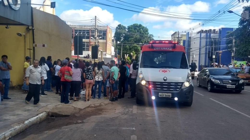 Homem é atingido com tiro na cabeça no Centro de Rio Branco e vai em estado grave para hospital  - Notícias - Plantão Diário