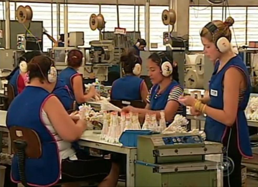 Indústria em Cabreúva (Foto: Reprodução/TV TEM)