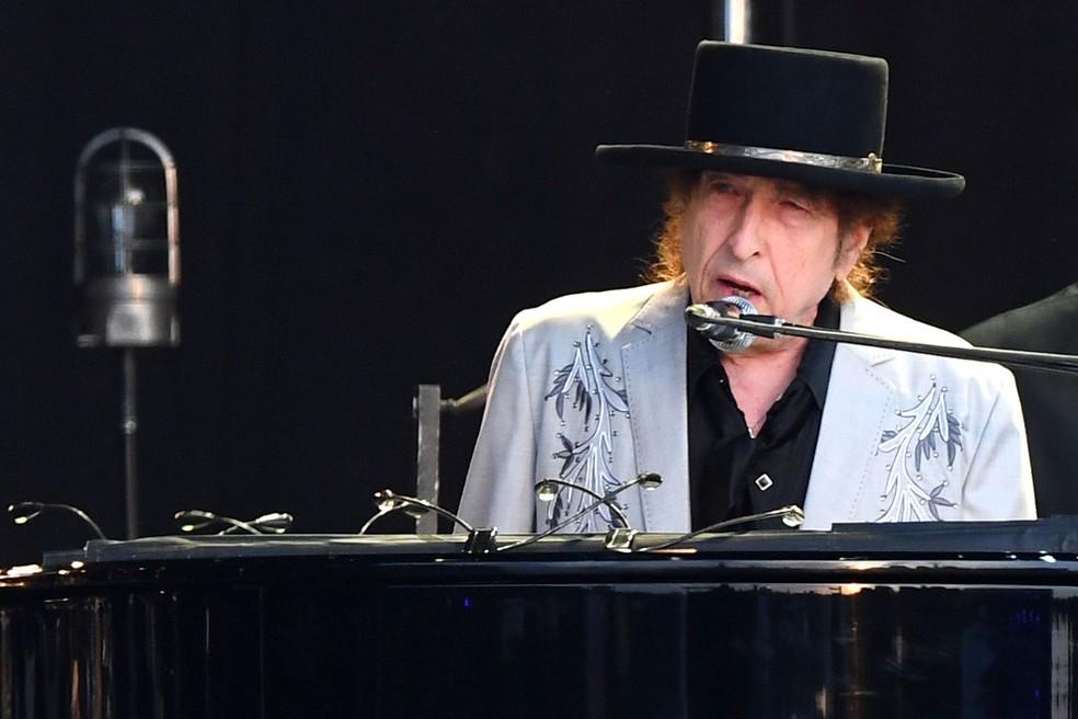 Bob Dylan em show especial no Hyde Park, em Londres, no ano de 2019 — Foto: Dave J Hogan/Getty Images for ABA