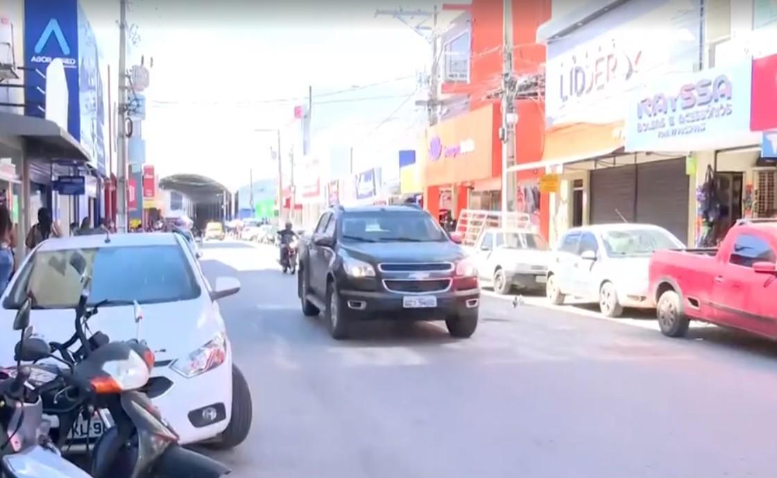 Prefeitura de Barreiras determina fechamento do comércio não essencial por causa do aumento de casos da Covid-19