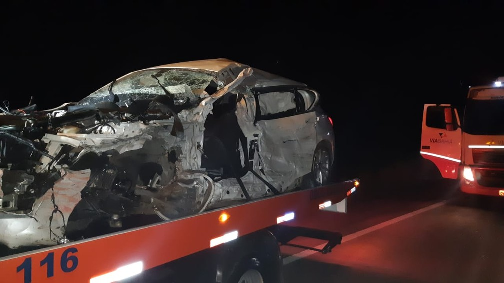 Mãe e companheira do motorista ficaram feridas — Foto: Polícia Rodoviária Federal