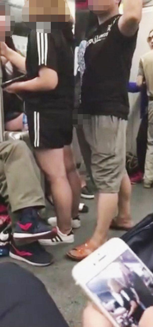 Homem abusa de passageira em metrô chinês