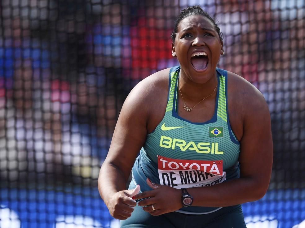 Andressa celebra: na final, ela tentará melhorar o recorde pessoal (Foto: Reuters)