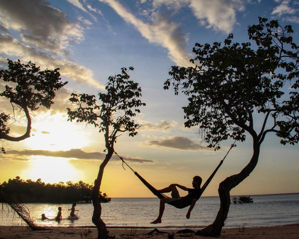 Praia do Pindobal, em Belterra, no Pará — Foto: Crônicas na Bagagem
