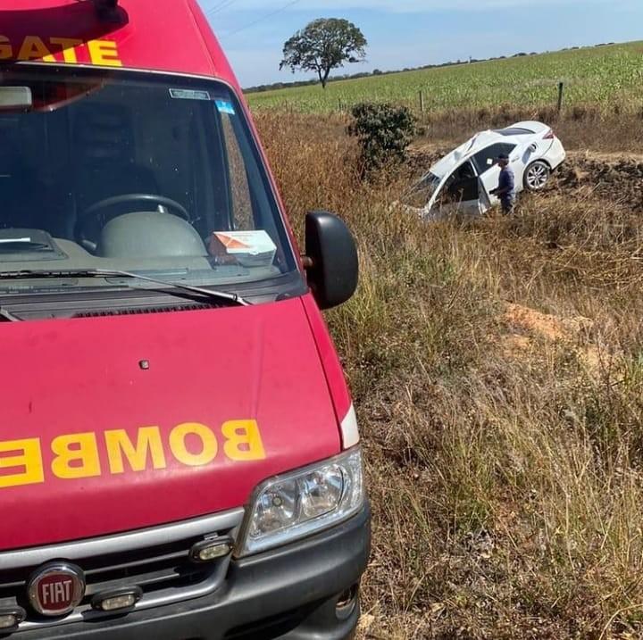 Motorista fica ferida em acidente na LMG-628, em Unaí