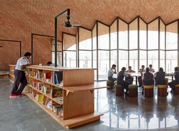 Os arquitetos provaram que um ambiente educativo pode possuir uma arquitetura única e divertida (Foto: sP+a/ Reprodução)
