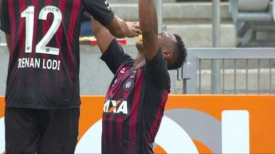 Esquerda em alta: Brasileirão revela e afirma bons e jovens camisas 6