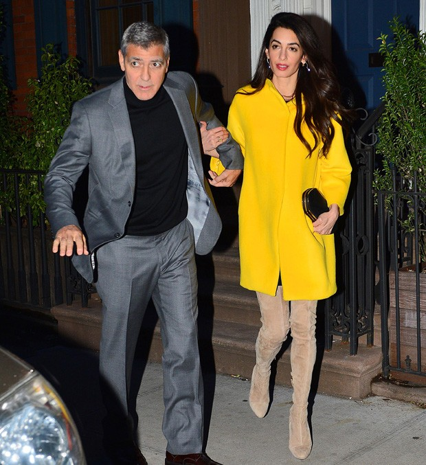 Amal e George Clooney em jantar  (Foto: Grosby Group)