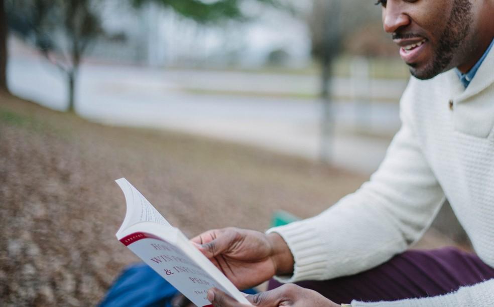 Estudantes pretos e pardos superam brancos nas universidades brasileiras, diz IBGE — Foto: Unsplash