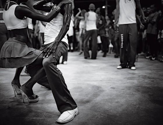 Casal dançando (Foto: João Pina)