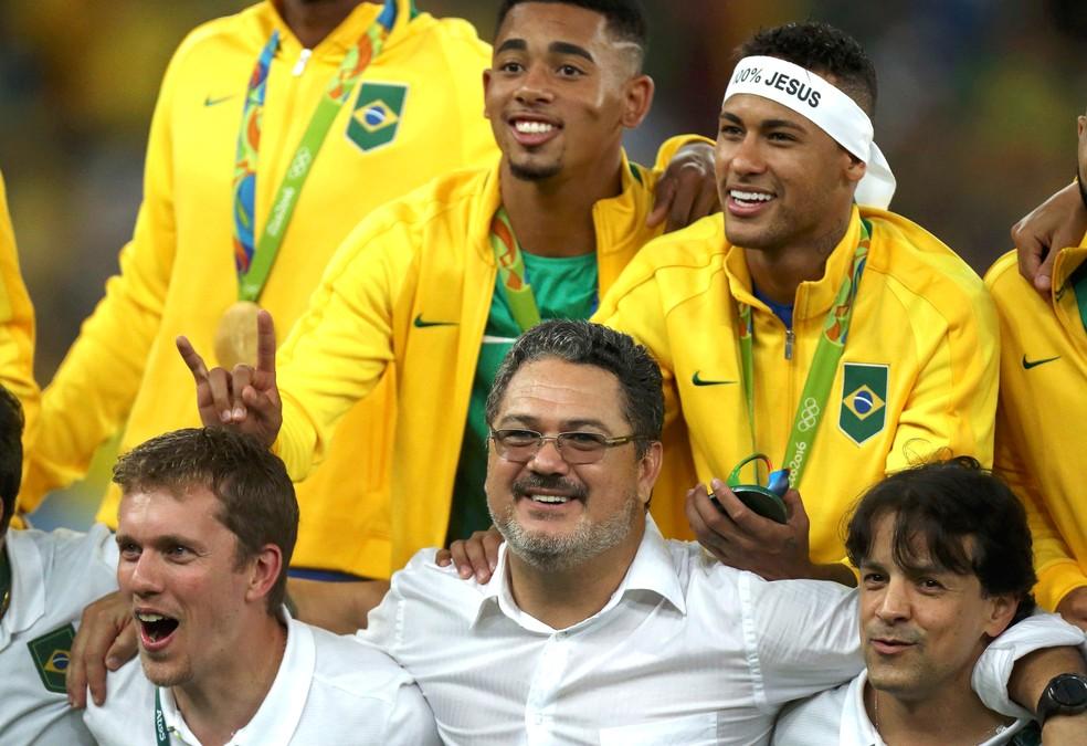 Micale foi campeão olímpico na Rio 2016: feito inédito no futebol brasileiro (Foto: Agência Reuters)