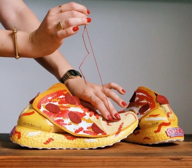 Criação do tênis-pizza da Adidas