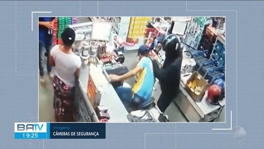 Câmera de segurança registra assalto a supermercado em Planalto, na região suodeste