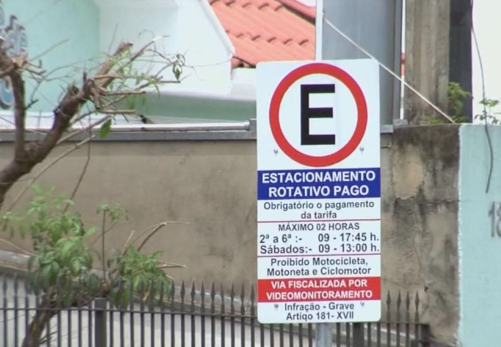 Estacionamento rotativo de Araraquara (SP) — Foto: Reprodução/EPTV