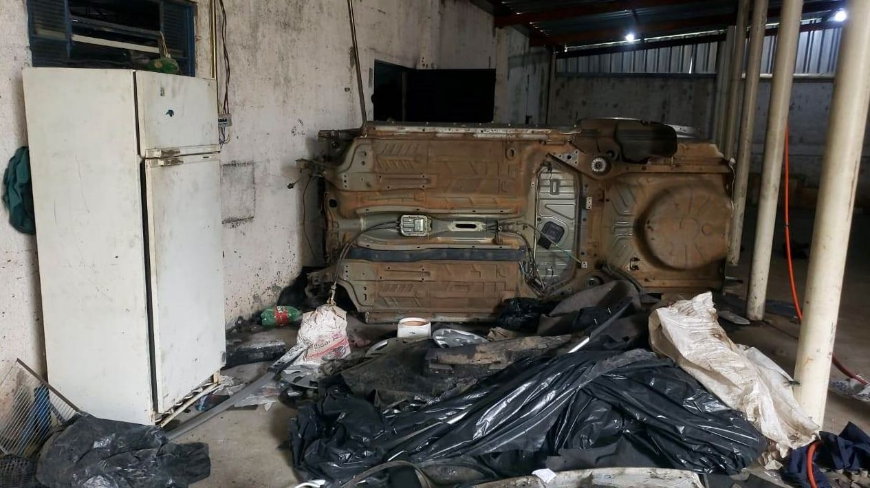 Polícia descobre desmanche de veículos e detém grupo em Campinas