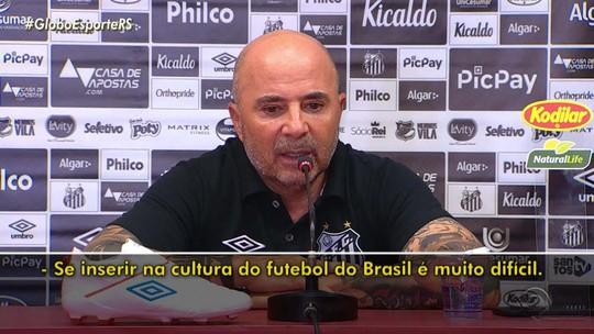 Sampaoli, técnico do Santos, fala sobre Eduardo Coudet