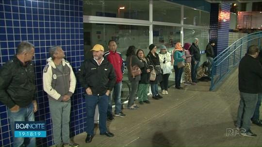 Moradores de Cianorte enfrentam filas para conseguir marcar exames
