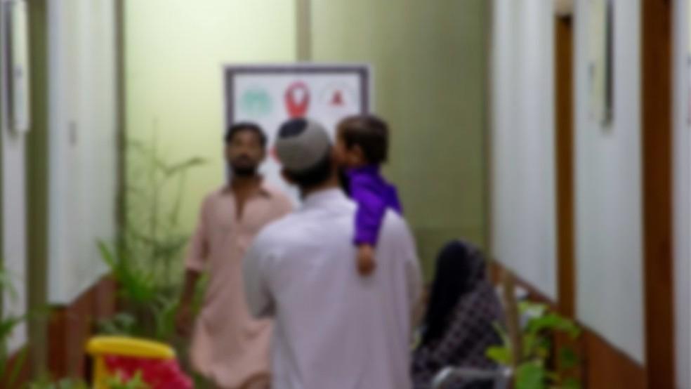Epidemia começou em abril, quando um médico local desconfiou de sintomas de crianças que atendeu — Foto: BBC