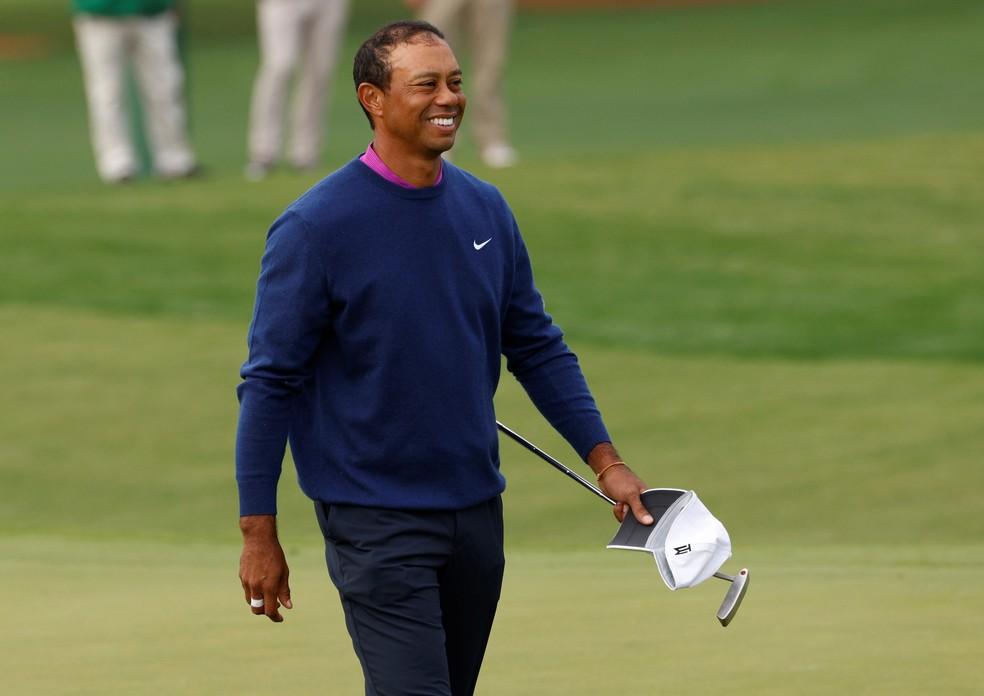 Woods foi operado e se recupera após o grave acidente — Foto: Reuters