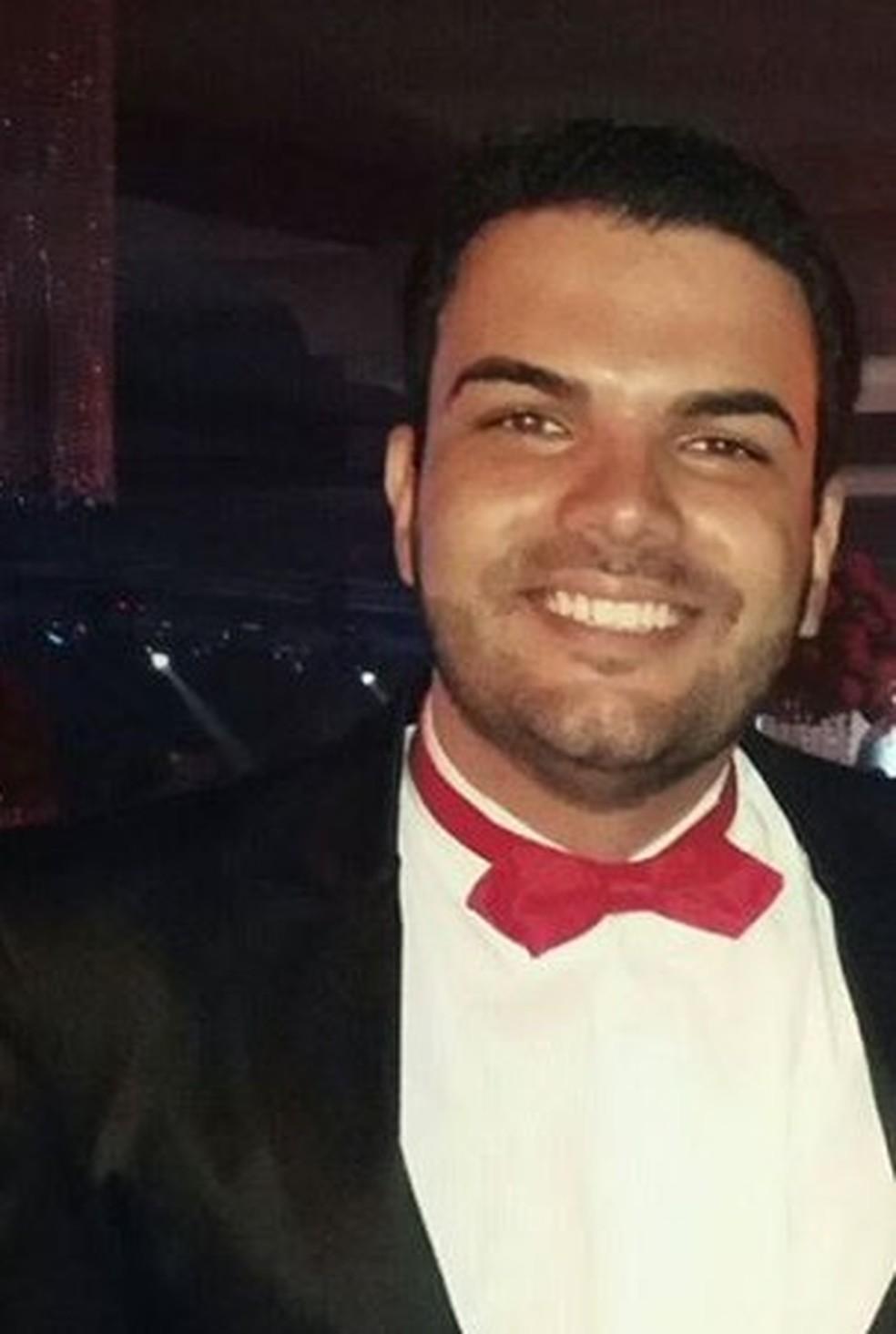 Advogado morre em batida entre carro e caminhão em São Tomás do Aquino — Foto: Reprodução / Facebook
