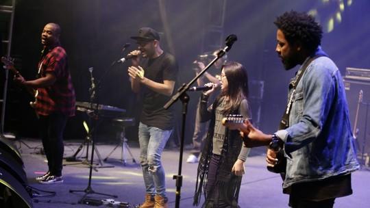Convidados especiais: Mariana de Medeiros e Willian San'Per sobem ao palco do maior festival de música gospel do Brasil