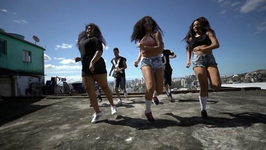 Do balé ao funk, a dança toma conta do 'EMME', 08