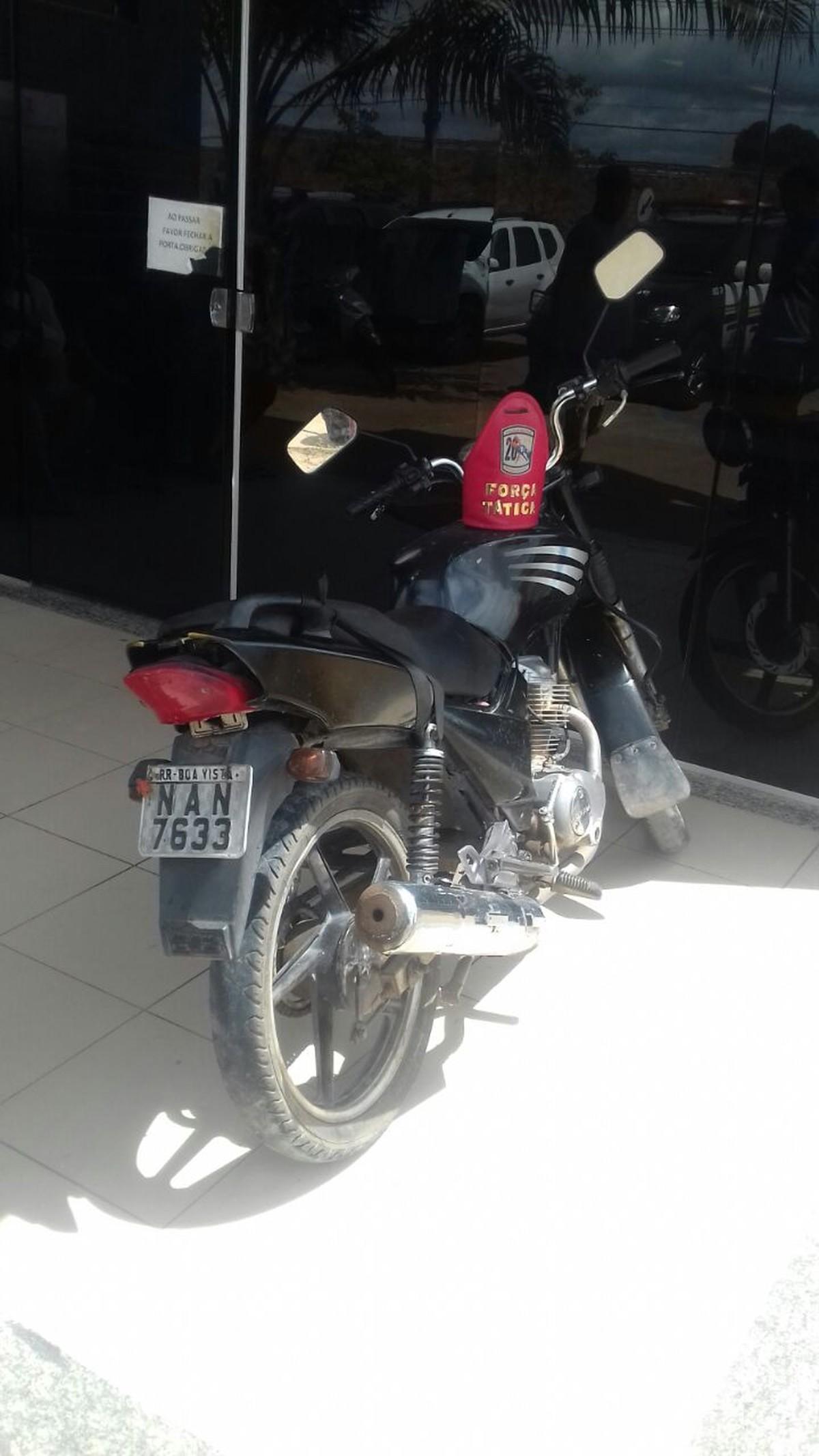 Homem é preso em moto com restrição de roubo e furto em Boa Vista