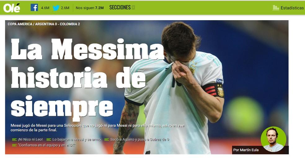 """""""A Messima história de sempre"""": com trocadilho, jornalista do diário Olé aponta que """"Messi jogou de Messi para uma seleção que não jogou nem para Messi nem para ela mesma, exceto no começo do segundo tempo"""" — Foto: reprodução"""