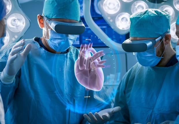 A realidade aumentada vai permitir que médicos enxerguem dentro do paciente, tanto nas cirurgias quanto nos consultórios (Foto: Fotolia)