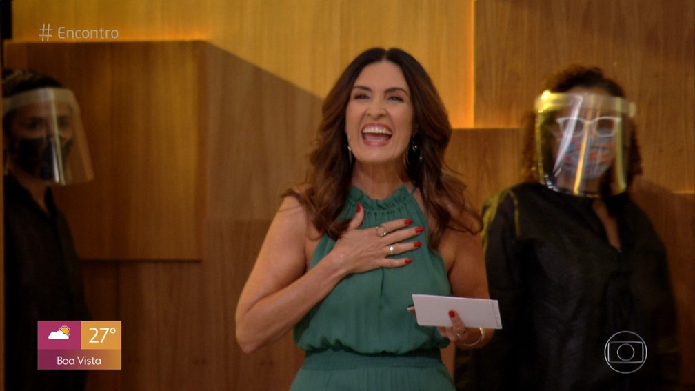 Fátima Bernardes celebra volta ao 'Encontro' — Foto: Reprodução/TV Globo