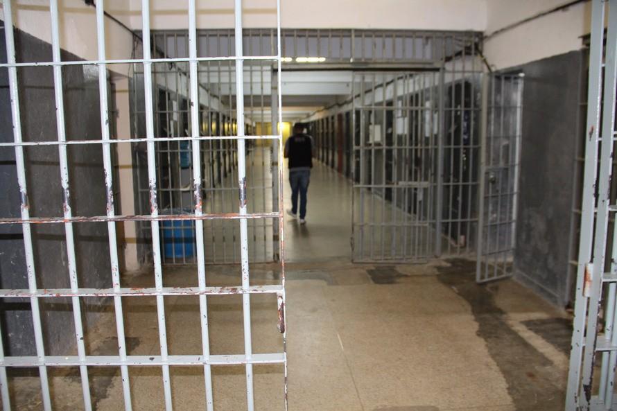Mutirões carcerários são suspensos no Paraná pelo Tribunal de Justiça