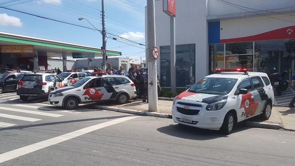 Após perseguição, quadrilha foi presa em Taubaté (Foto: Redação Rede Policial/divulgação)