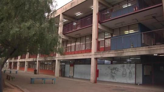 Professor esfaqueado por aluno em São Paulo está em estado grave