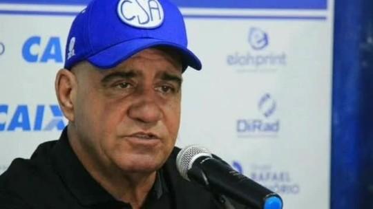 """Dirigente do CSA diz que Manga, Armero e Maidana cometeram indisciplina: """"Ninguém tolera"""""""