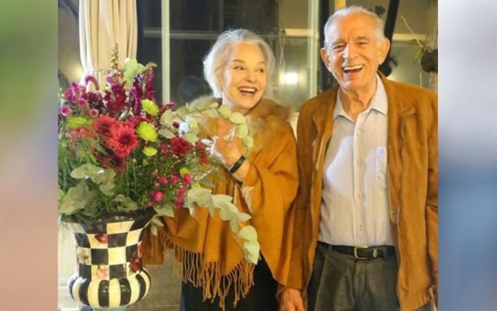 Ex-prefeito de Goiânia Iris Rezende com a esposa Iris Araújo em Goiás — Foto: Reprodução/Instagram