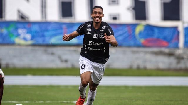 Primeiro gol de Hélio desestabilizou o time do Manaus