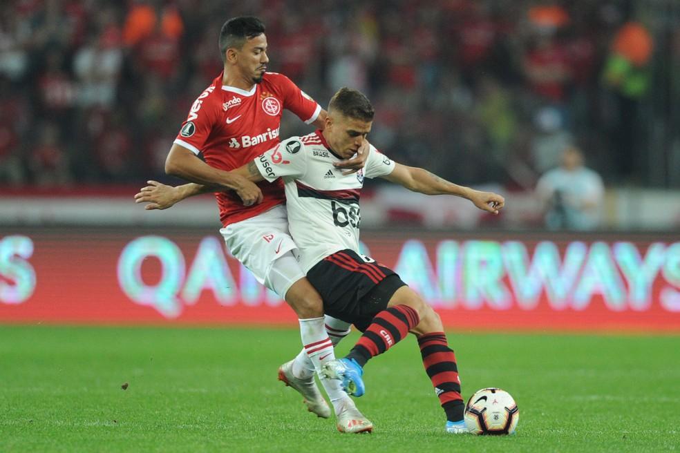 Cuéllar voltou ao Flamengo após ausência contra o Ceará — Foto: WESLEY SANTOS/AGÊNCIA PRESSDIGITAL