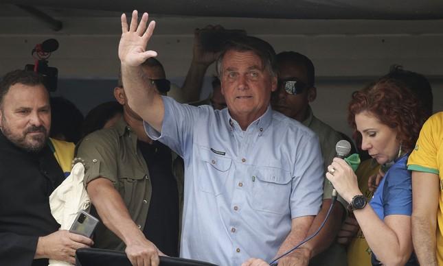 Bolsonaro ataca STF em discurso em São Paulo durante ato antidemocrático