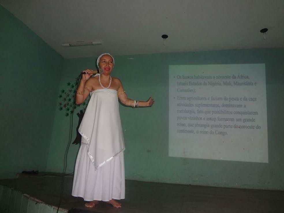 Professora é substituída após dar aula sobre religião africana em escola no Ceará (Foto: Arquivo pessoal)