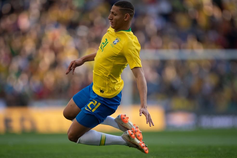 Richarlison é um dos que poderá se apresentar logo no dia 20 de maio à seleção brasileira — Foto: Pedro Martins / MoWA Press