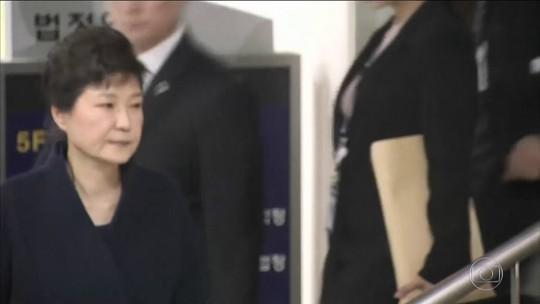 Ex-presidente coreana Park Geun-hye é presa em meio a escândalo de corrupção