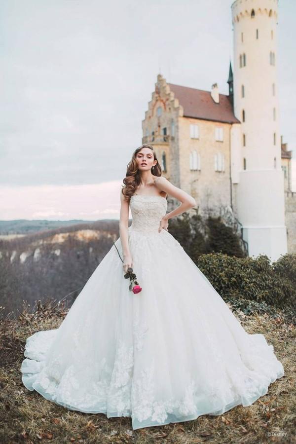 A Disney acabou de lançar uma linha de vestidos de noiva -- ela e é realmente muito chique (Foto: Divulgação)