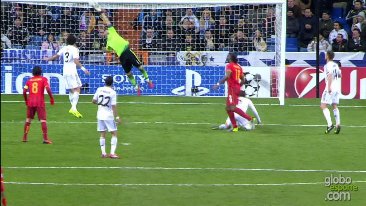 Agora uma defesa pelo Real Madrid na Liga dos Campeões, torneio que Casillas levantou três vezes na carreira