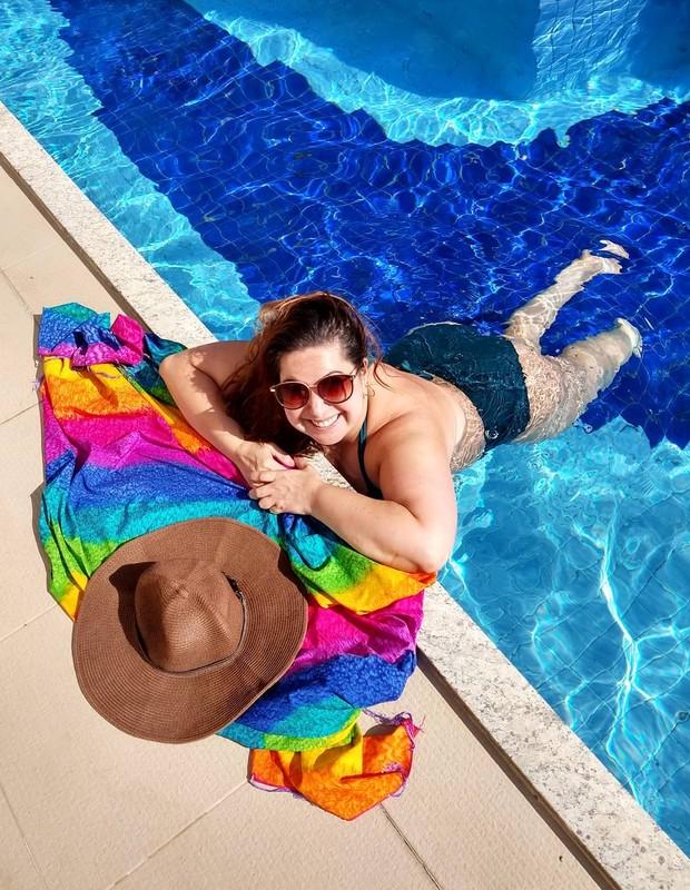 Mariana Xavier: dia de piscina (Foto: Reprodução Instagram)